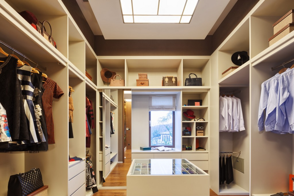 design and decoration in modern wardrobe